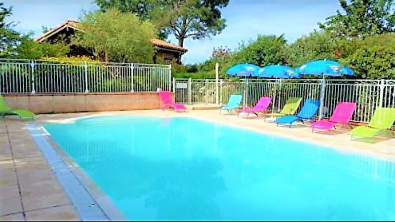 Propriete montagne noire tarn piscine immojojo for Piscine bois tarn