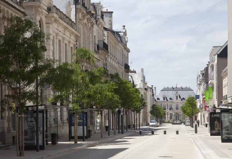 Centre ville poitiers parking immojojo - Chambre de commerce de poitiers ...