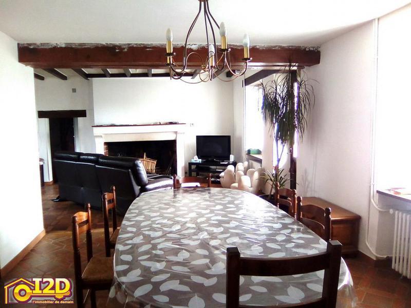 maison grange renover coulommiers immojojo. Black Bedroom Furniture Sets. Home Design Ideas