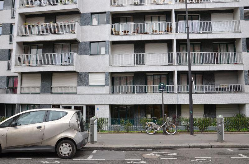 Appartement paris jardin rez chaussee loft immojojo for Appartement paris jardin
