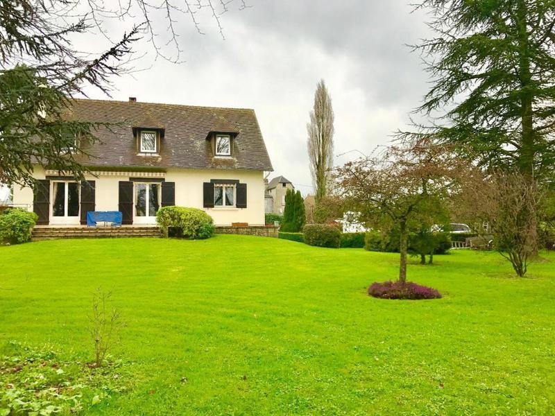 Residence grand jardin caen immojojo for Maison de l etudiant caen