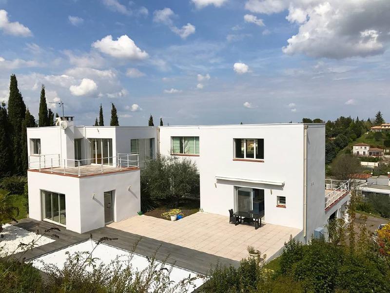 Maison terrasses toulouse piscine immojojo for Lacroix jardins 78