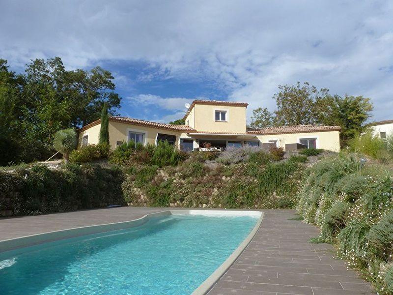 Isle abeau maison piscine immojojo for Piscine l isle jourdain