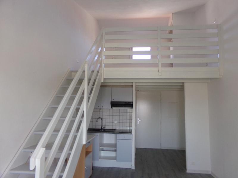 veranda 15m2 renove immojojo. Black Bedroom Furniture Sets. Home Design Ideas