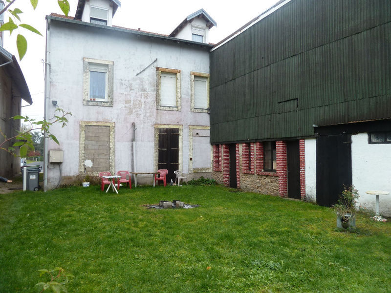 Immeuble, 287 m² Lavel…