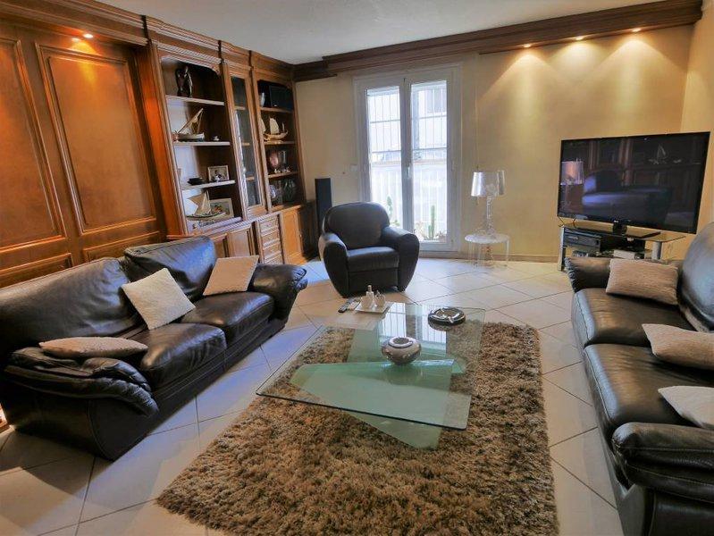 appartements duplex perpignan immojojo. Black Bedroom Furniture Sets. Home Design Ideas