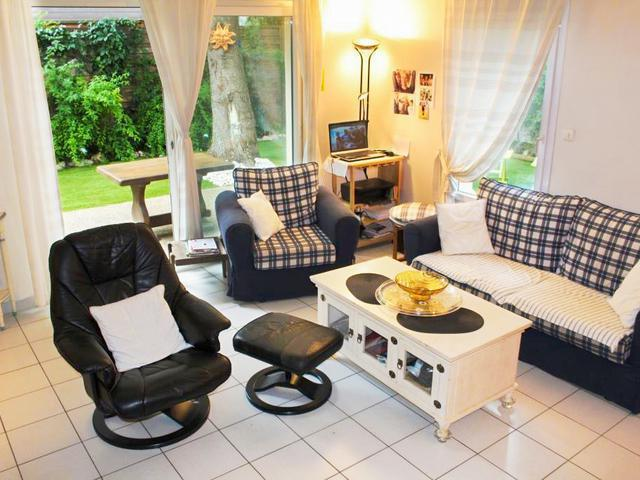 maison arceaux montpellier terrain immojojo. Black Bedroom Furniture Sets. Home Design Ideas