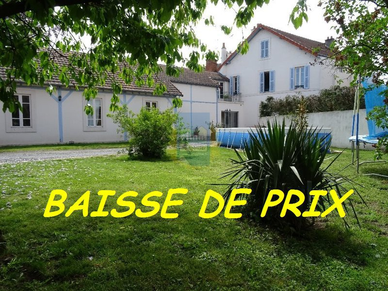 Location maison moulins immojojo for Piscine 03000 moulins