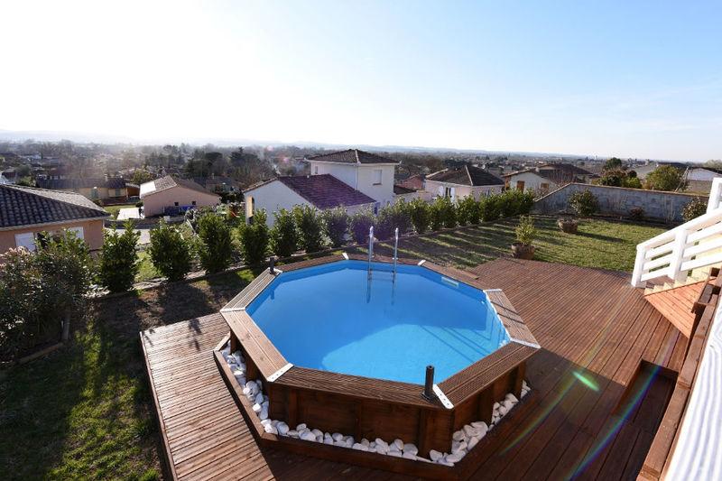 Villa maison auterive terrasse piscine immojojo for Piscine evolutive 9