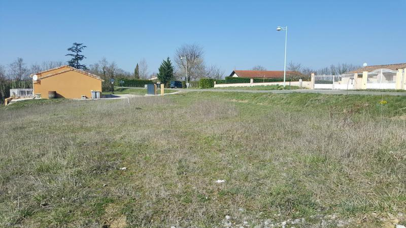 Location appartement saint nauphary immojojo for Agence verlhac