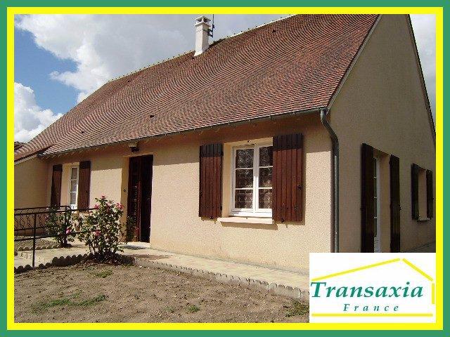 Maison garage saint amand montrond immojojo for Garage volkswagen saint amand montrond