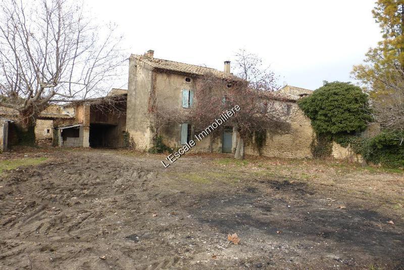 Mas provencal renover vaucluse immojojo for Mas provencal a renover