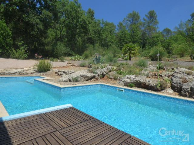 Maison village st maximin piscine immojojo for Piscine st maximin