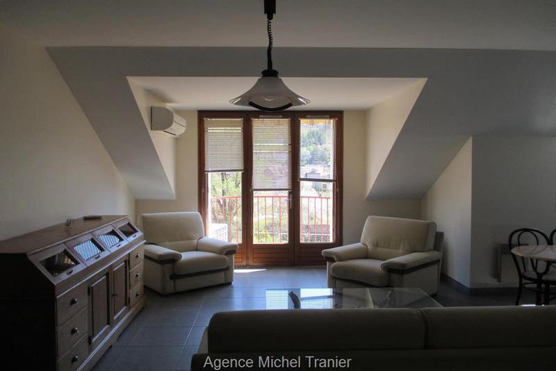 maison bois villefranche rouergue aveyron immojojo. Black Bedroom Furniture Sets. Home Design Ideas