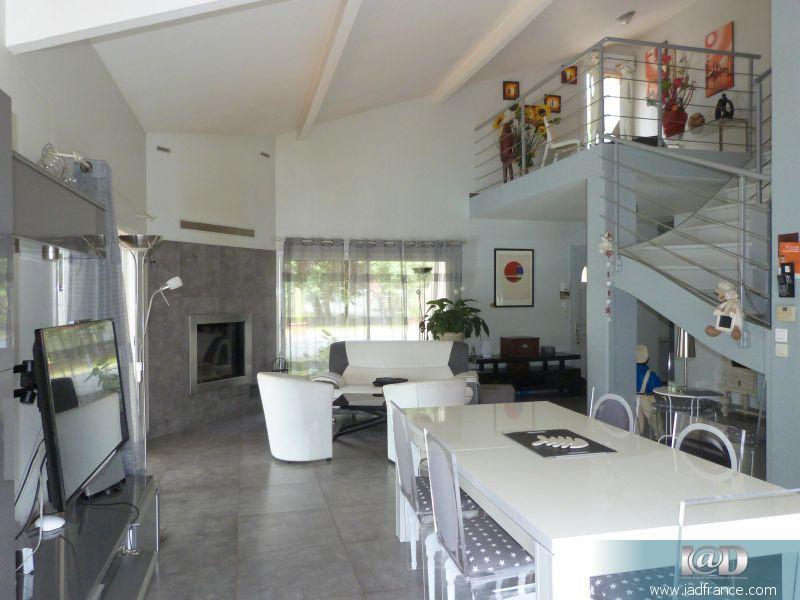 Maison medoc 33 renove immojojo for Garage fiat pian medoc