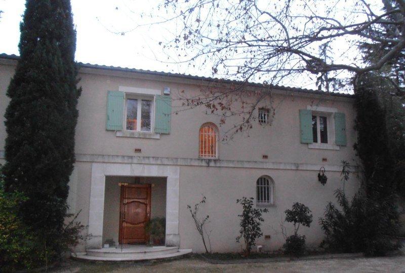 Location maison avignon extra muros immojojo for Avignon location maison