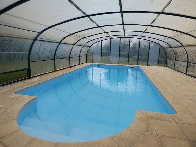 4 niort piscine immojojo for Piscine desjoyaux niort