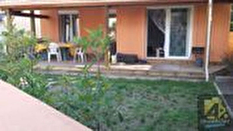 Location maison une soiree piscine immojojo for Piscine montchanin