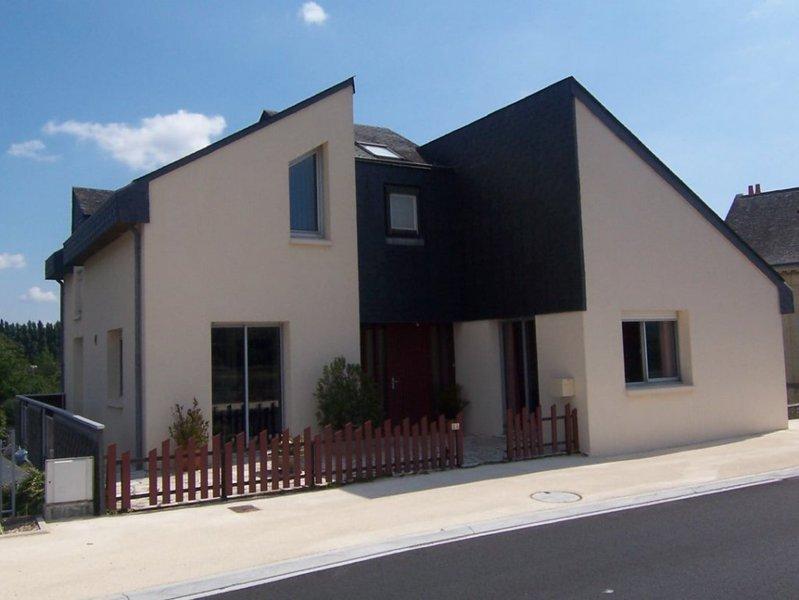 Maison saint clement des levees immojojo for Amenager jardin 600m2