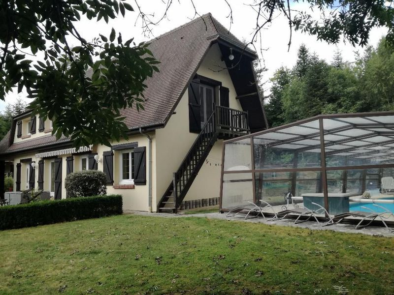 pool house pierre piscine immojojo. Black Bedroom Furniture Sets. Home Design Ideas