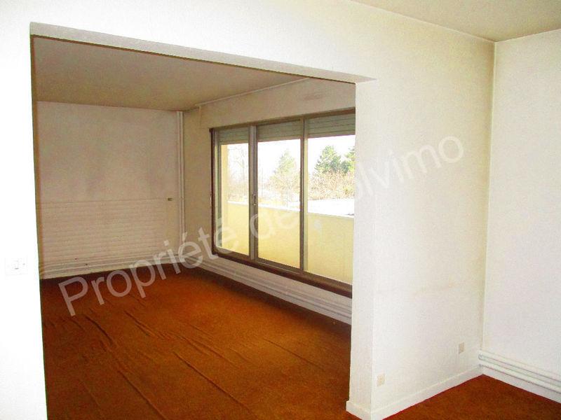 appartement saint etienne centre 2 f3 immojojo. Black Bedroom Furniture Sets. Home Design Ideas