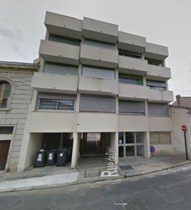 Location studio meuble bordeaux parking immojojo for Studio meuble bordeaux