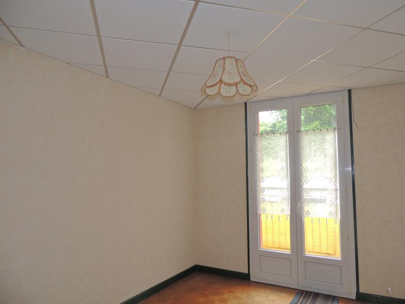Voir une chambre 9m2 immojojo for Chambre 9m2 avec placard