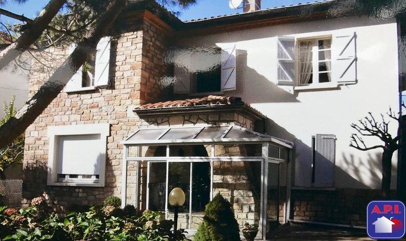Maison hectares ariege saint girons immojojo for Garage saint girons