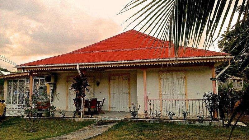 Maison guadeloupe goyave immojojo for Acheter une maison en guadeloupe