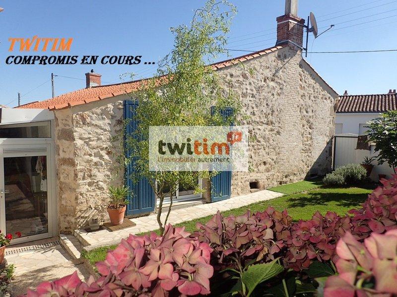 Maison, 105 m² COMPR…
