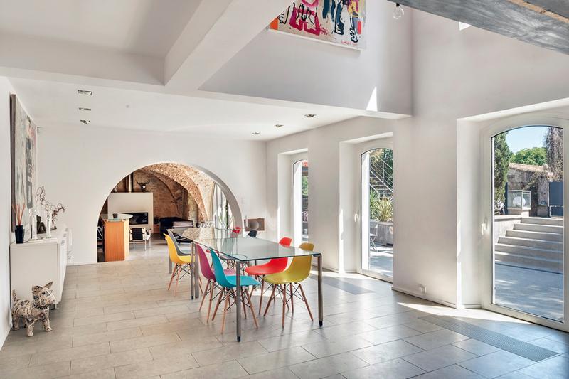 Maison, 350 m² Situé…