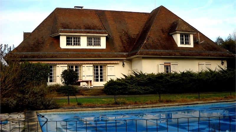 Maison, 330 m² Centr…
