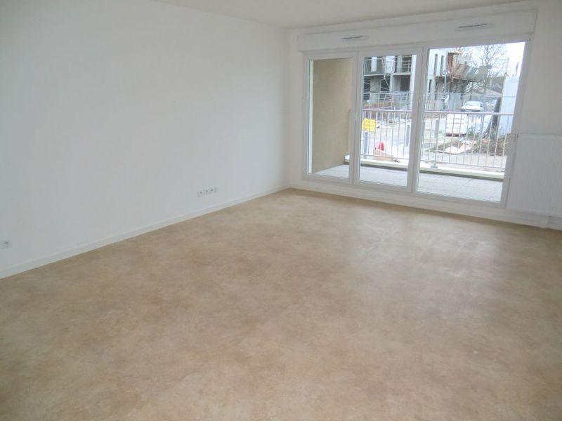 location rouen 76100 meuble immojojo. Black Bedroom Furniture Sets. Home Design Ideas