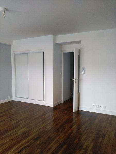 cave amenagee vivre renove immojojo. Black Bedroom Furniture Sets. Home Design Ideas