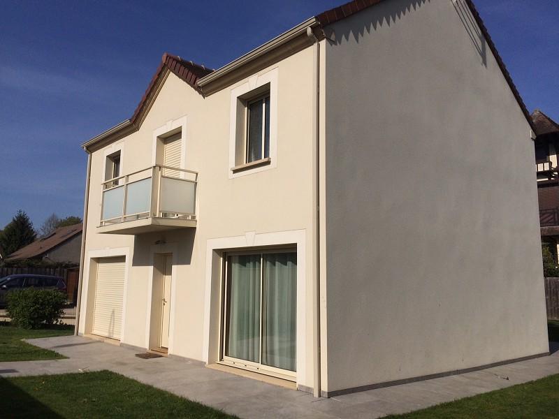 Villa achat maison contemporaine yvelines immojojo for Achat maison yvelines