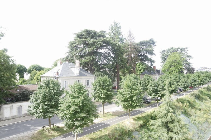 Maison renover 18000 bourges jardin immojojo for Entretien jardin bourges