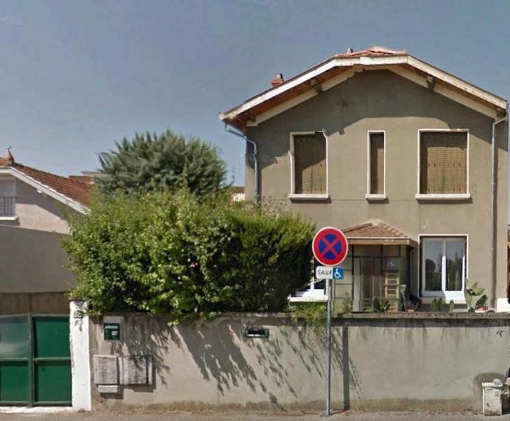 Appartement bron balcon garage immojojo for Agrandissement maison 25m2
