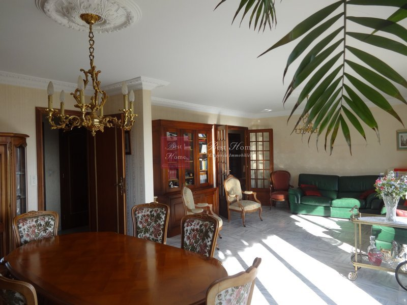 prix m2 appartement nimes immojojo. Black Bedroom Furniture Sets. Home Design Ideas