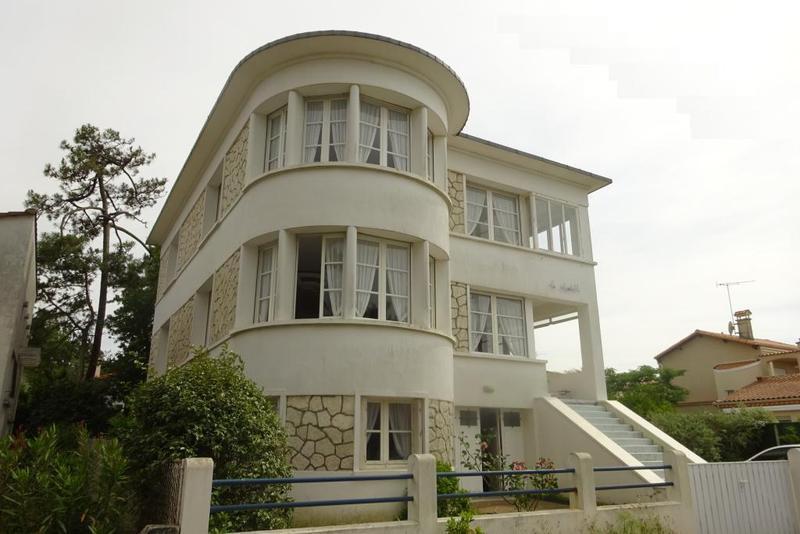 Architecte annees 50 piscine immojojo for Piscine 08000