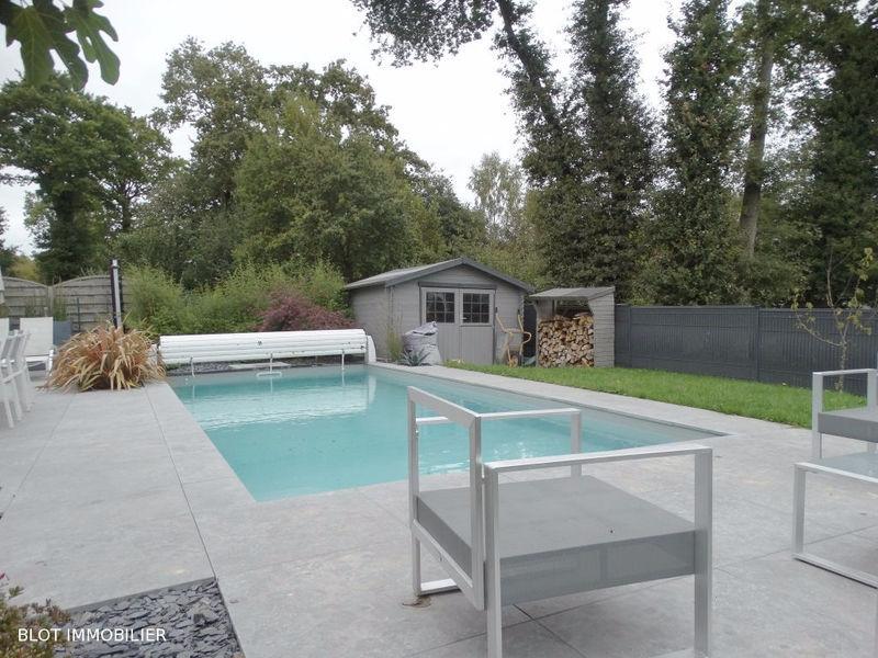 Portail bois piscine immojojo for Portail piscine