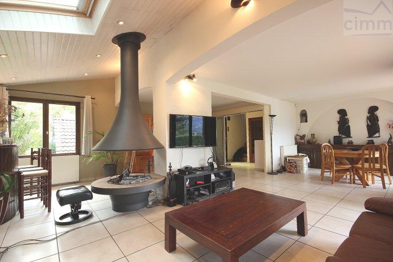 Maison bernin 38190 piscine immojojo for Piscine desjoyaux crolles