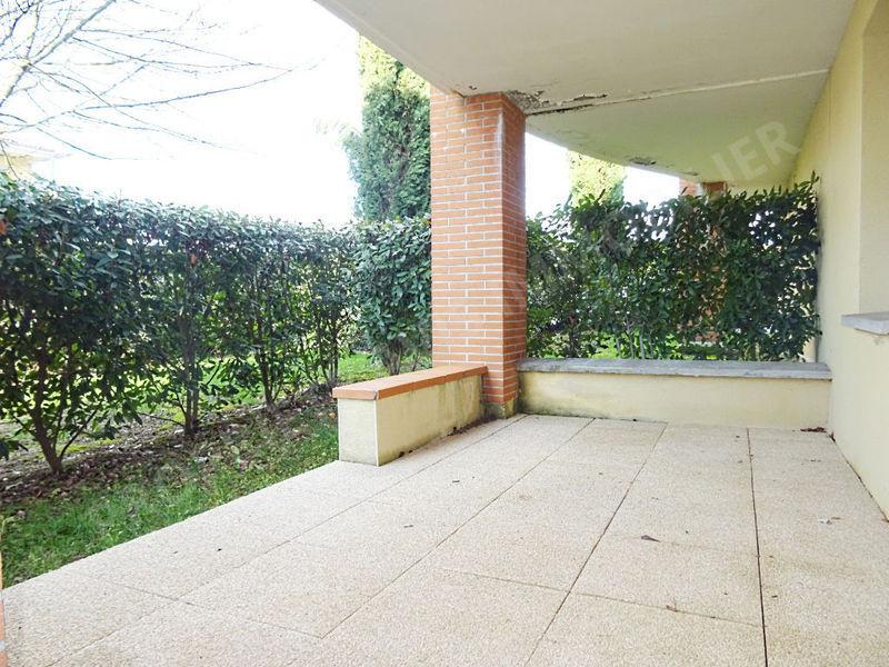 Location piscine castanet tolosan immojojo for Location garage castanet tolosan