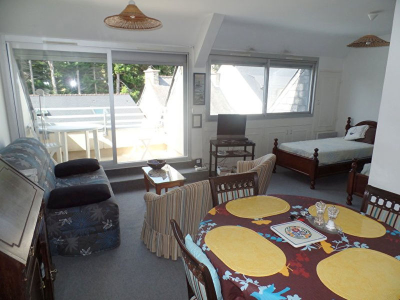amenager studio 30 m2 immojojo. Black Bedroom Furniture Sets. Home Design Ideas