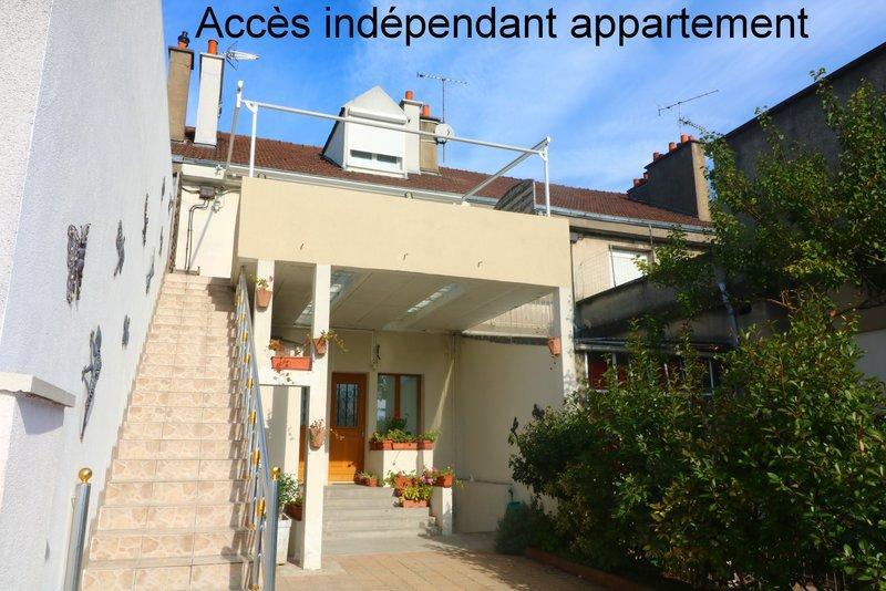 Appartement saint jean ruelle immojojo for Chambre 8m2 amenagee