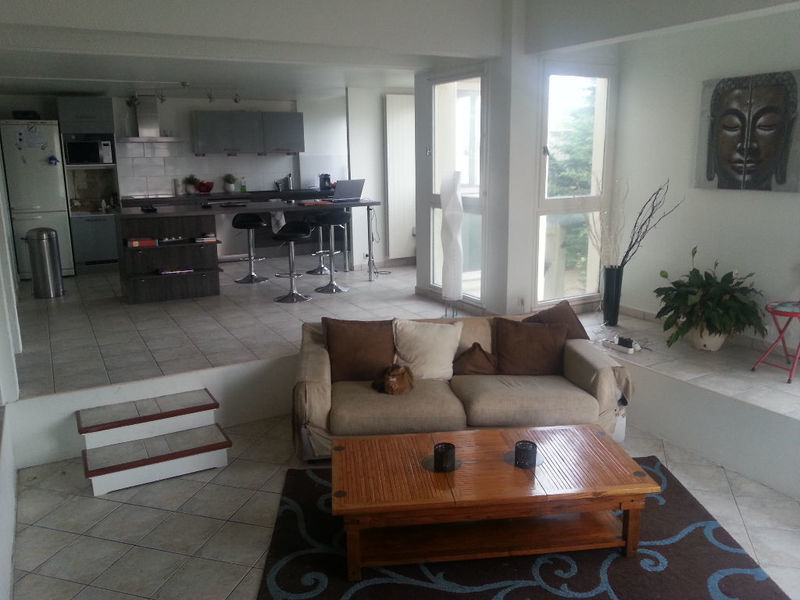 duplex appartement chatou box immojojo. Black Bedroom Furniture Sets. Home Design Ideas