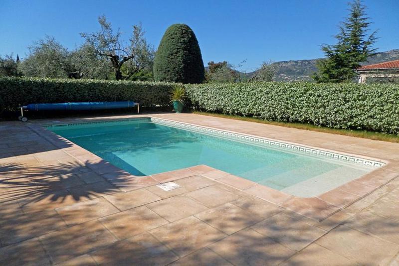 Villa hameau alpes piscine jardin immojojo for Piscine 2 alpes