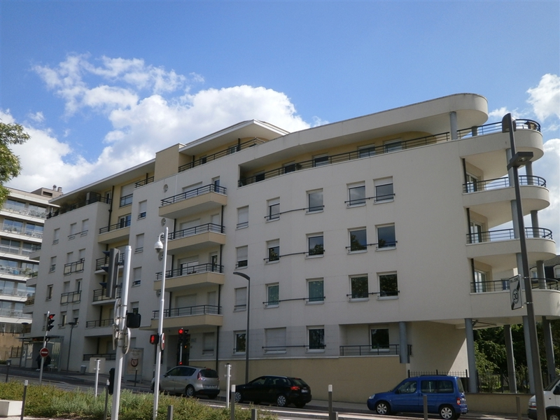 Appartement standing metz dernier etage immojojo for Garage renault metz avenue de strasbourg