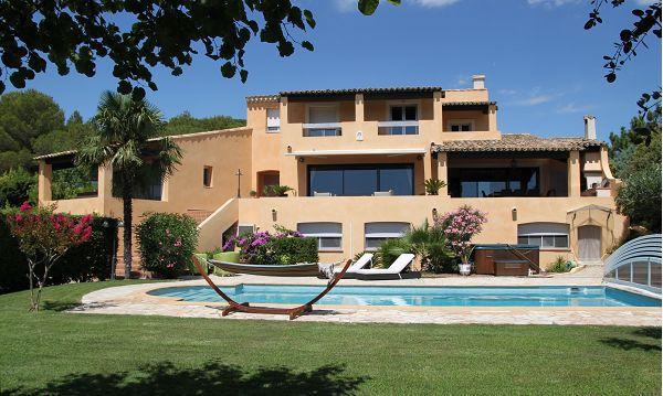 Agde jardin garage piscine immojojo for Cap d agde jardin