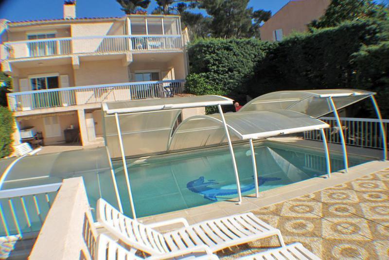 Bas faron jardin toulon piscine immojojo - Maison jardin brisbane toulon ...