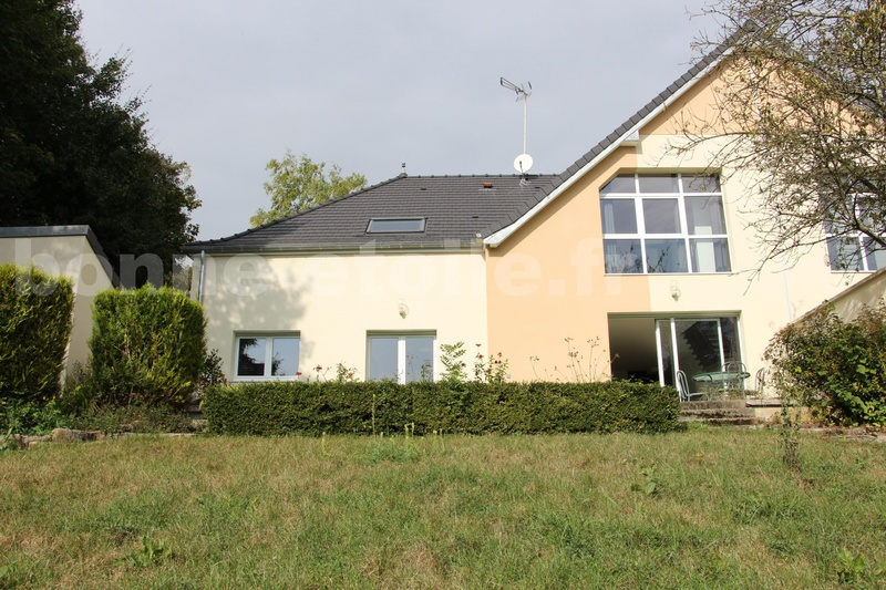 Belle maison architecte immojojo for C mon garage chambly 60230